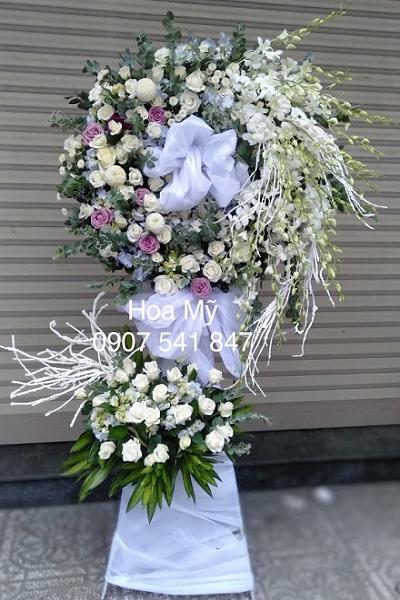 lẵng hoa chia buồn đẹp hoa viếng đám tang