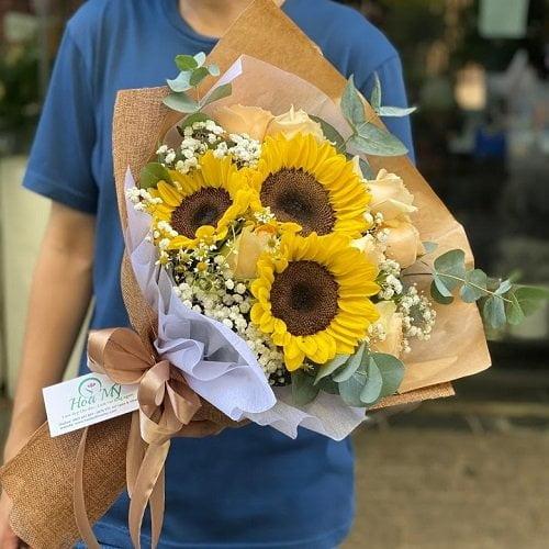 hoa hướng dương cầm tay