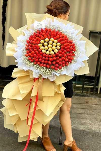 bó hoa dâu socola