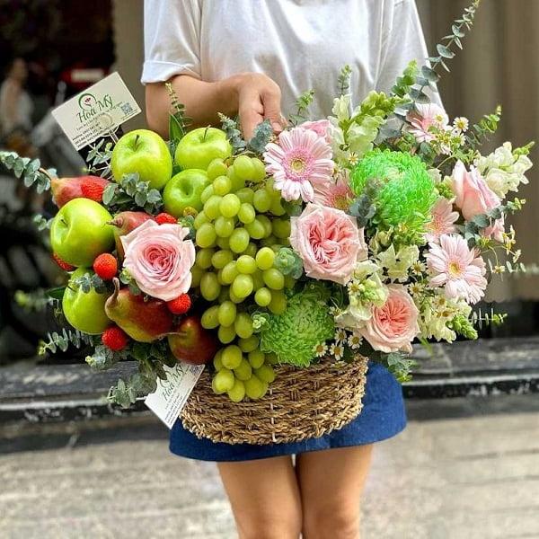 Lẵng hoa trái cây